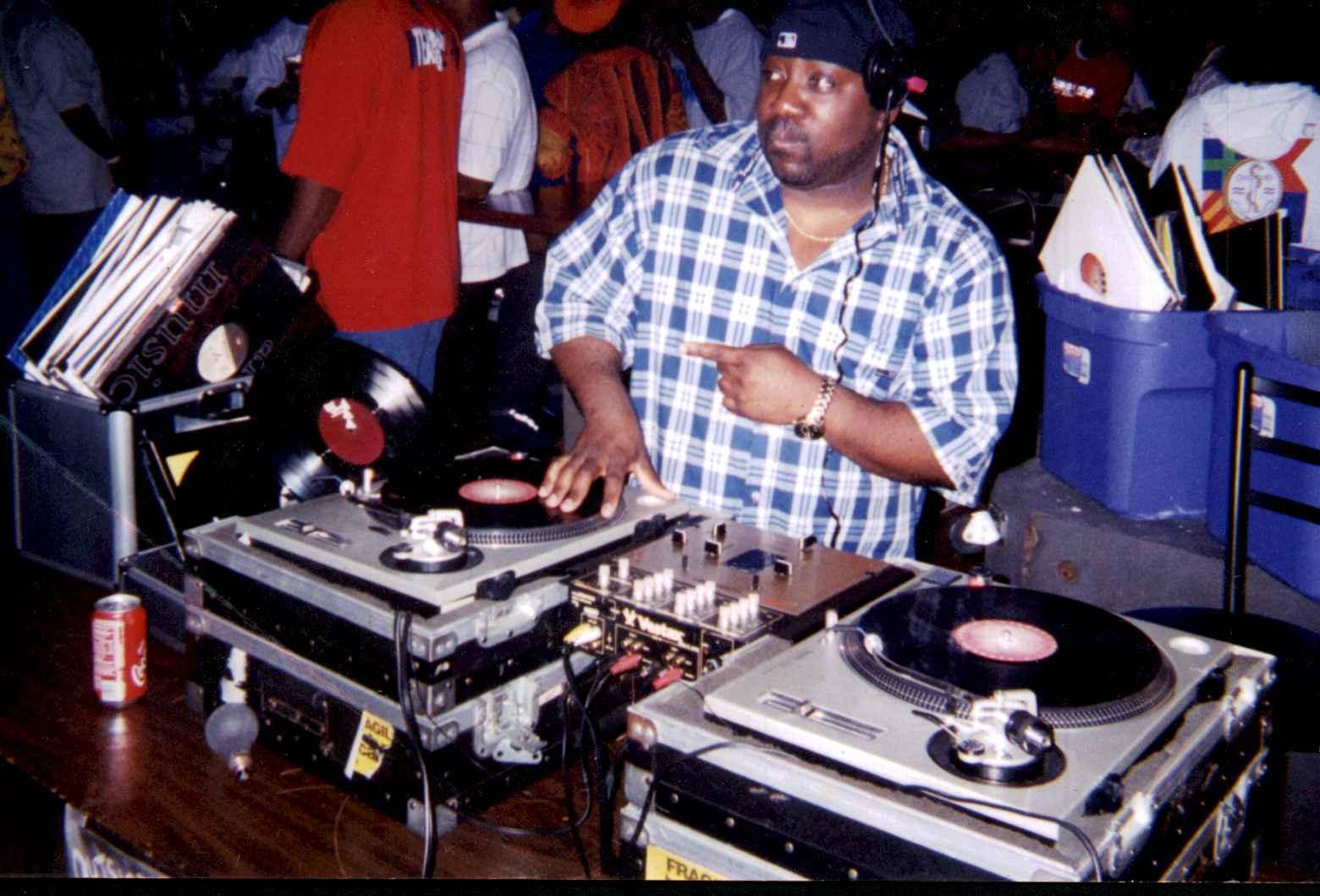 DJ Bizzy Biz (Assitant)