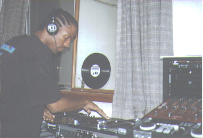 Ill DJ